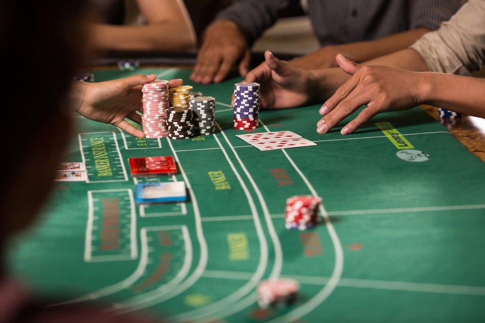 Live baccarat guide – Spela baccarat på live casino