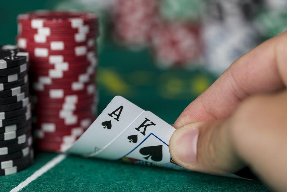 Live Casino Hold'em – Strategia