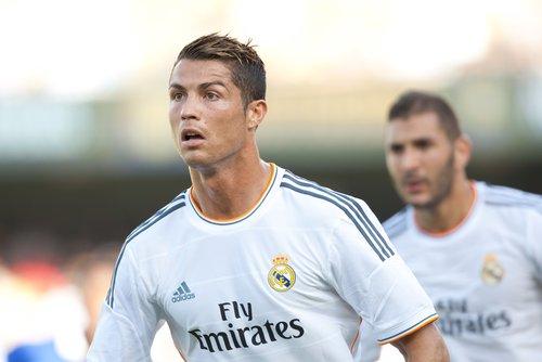 Ronaldo bjussar på hattrick