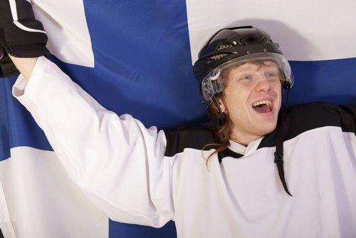 Suomi löi USA:n ja jatkaa semifinaaliin