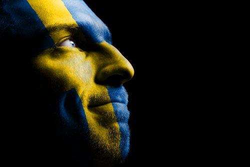 Lars Lagerbäck spelar lika mot Sverige