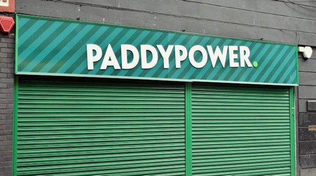 Paddy Power slammed by authorities for Rhodri Giggs advert