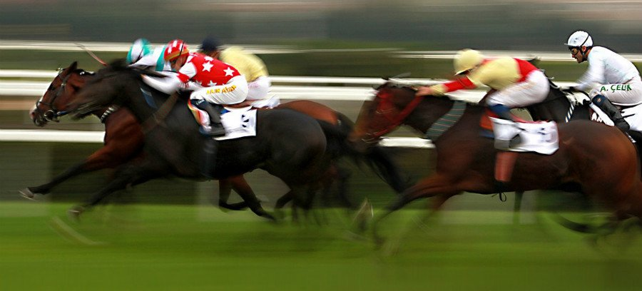 horse-racing-generic