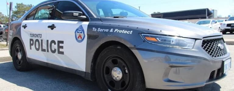 Toronto Police Department Busts Illegal Gambling House in Chinatown
